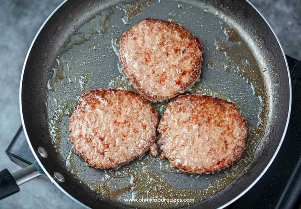 cooked 3 beef patties in a non-stick pan