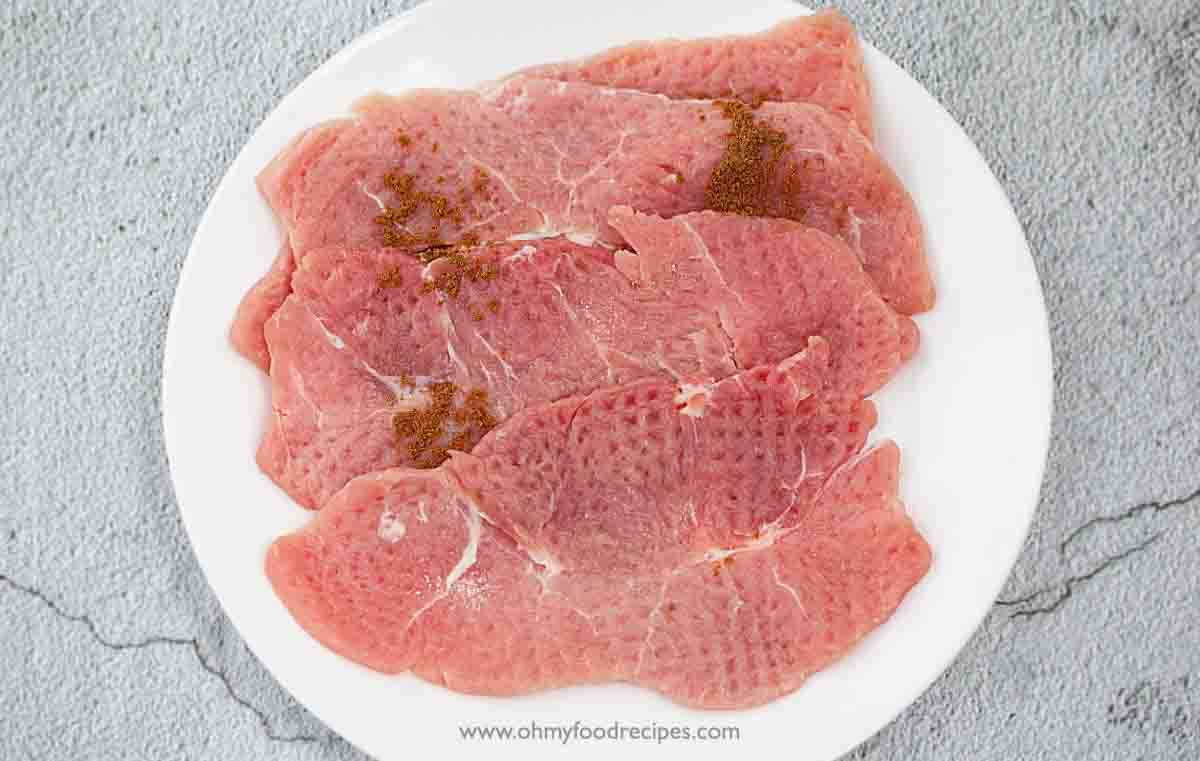 marinate pork cutlets on the plate
