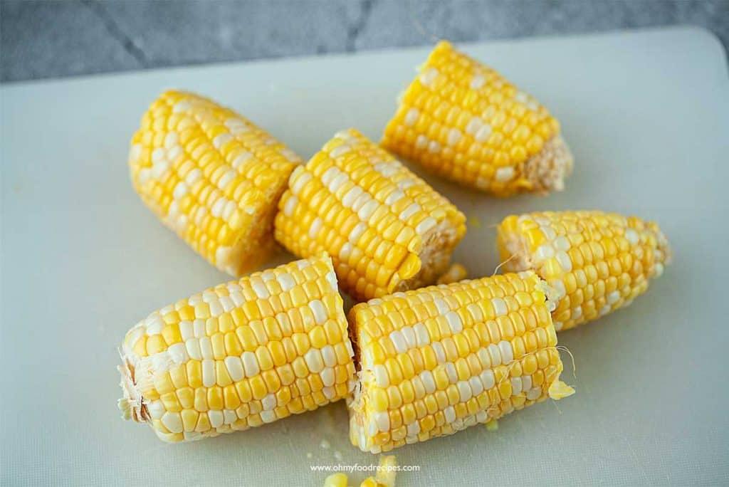 cut corn in the cob into chunks