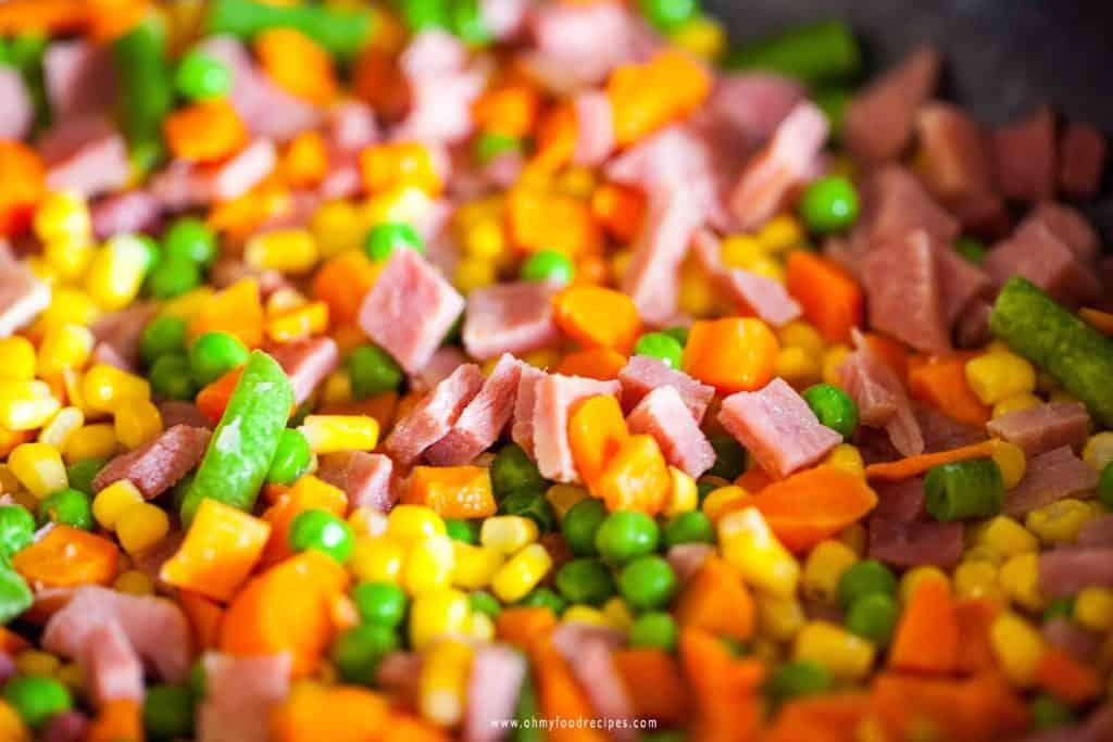 stir fried ham and mix vegetable