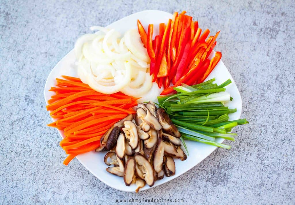 cut vegetables into strips
