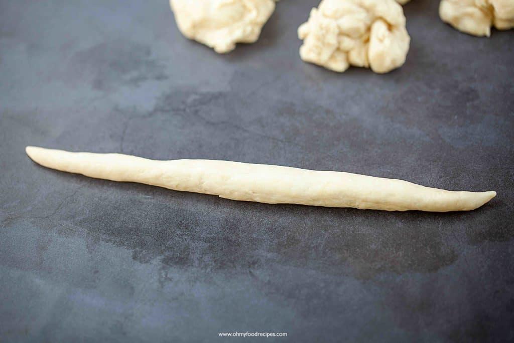 roll dough like a rope