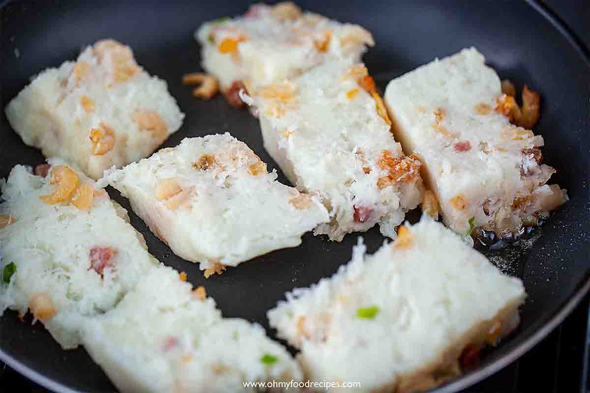 pan fry lo bak go or turnip cake in the pan