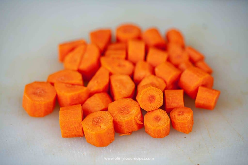 chop carrots into chunks