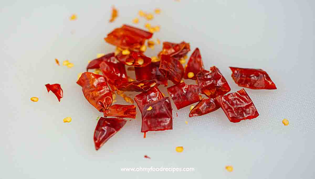 cut dried red chili peppers