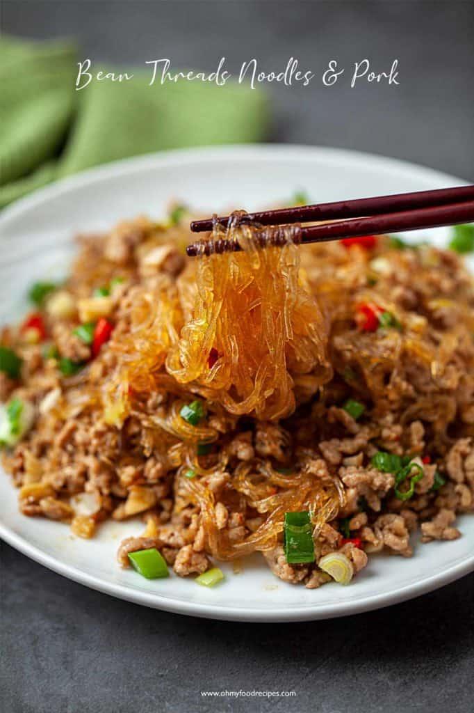 ants climbing a tree noodles on a chopsticks (Ma yi shang shu)