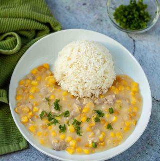 cream corn & chicken serve with rice