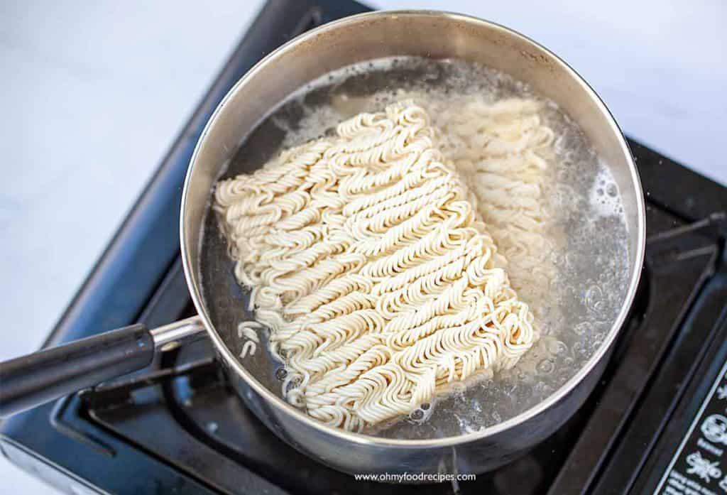 boil instant ramen noodles in a pot