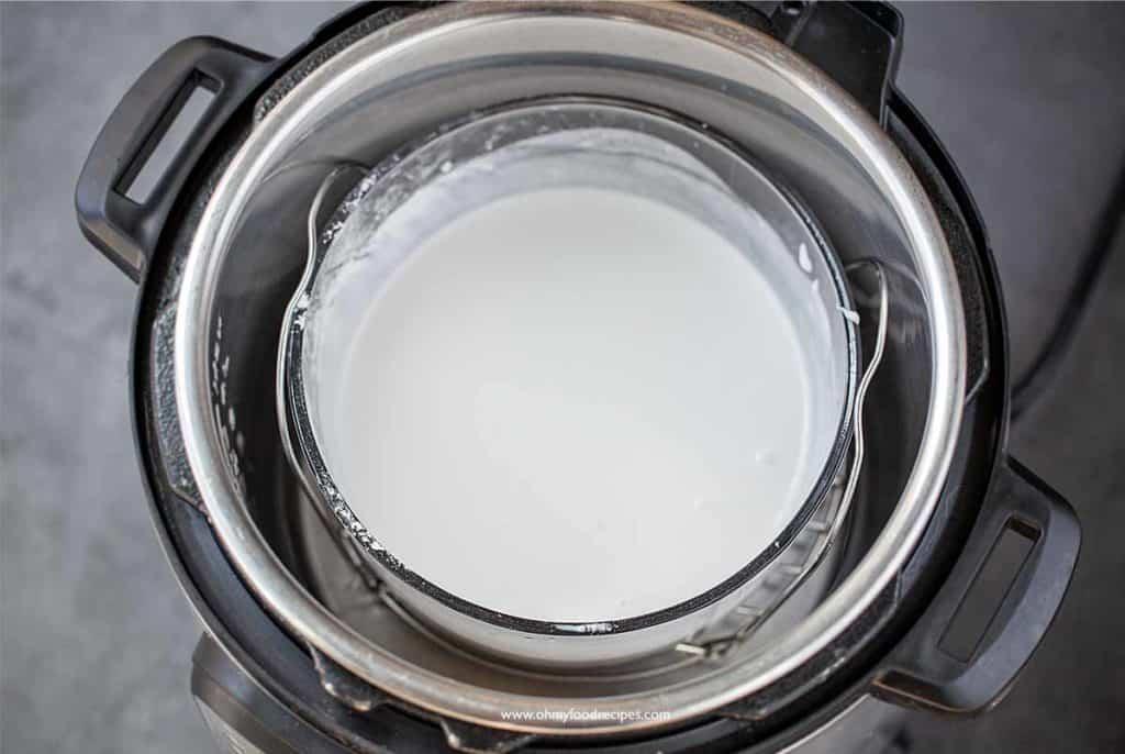 flour mixture in pressure cooker