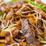 beef chow ho fun or gon chow ngau ho (乾炒牛河)