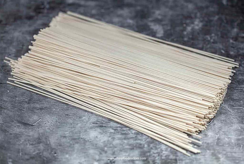 dried flour noodles