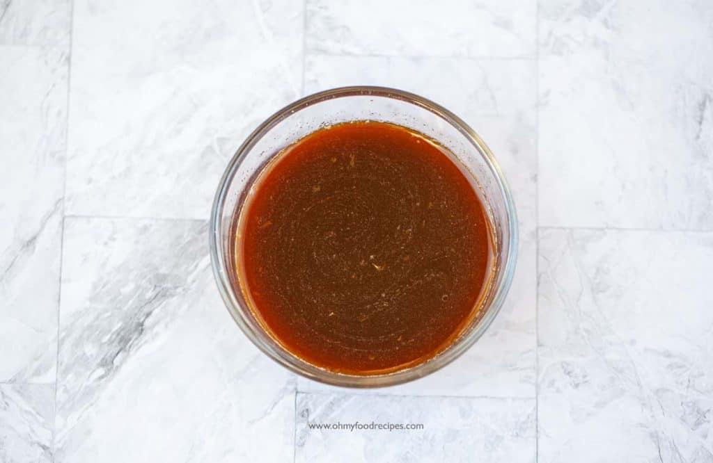 mixture of orange chicken sauce