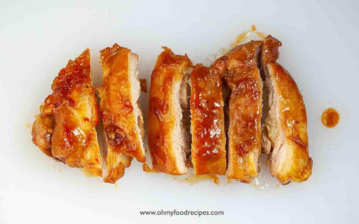 cut up pan fried teriyaki chicken thigh into strips