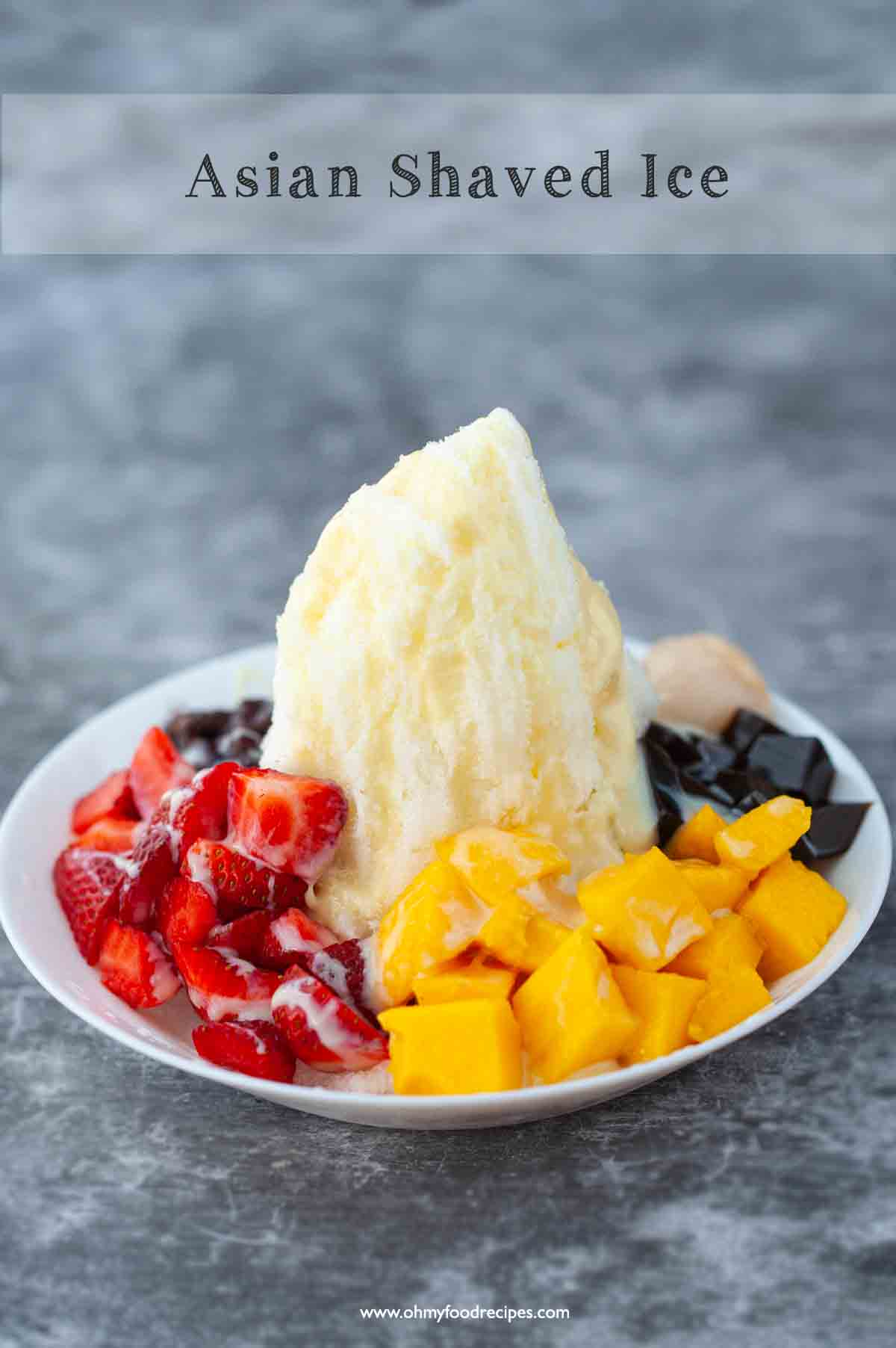 baobing Chinese shaved ice with fruits