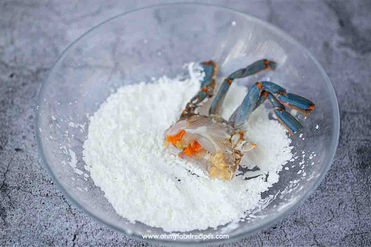 dust the crab with cornstarch